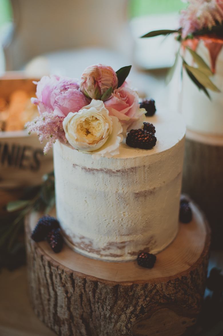 wedding cakes - Western Asian Wedding Photography