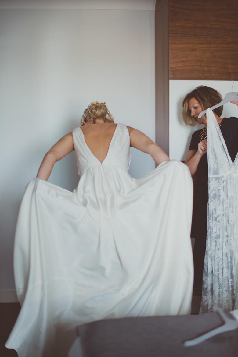 bride getting readyy