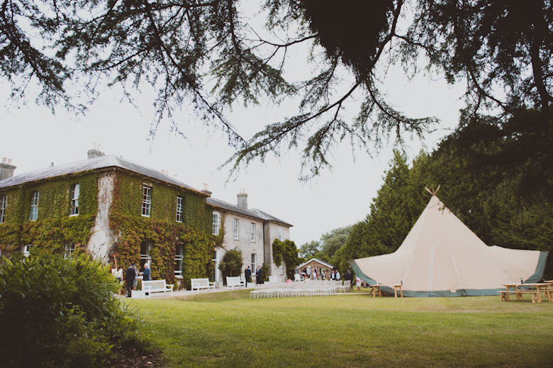 outdoor festival wedding, Knighton House, Dorse