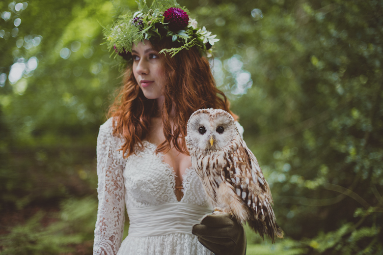 festival bride with an owl