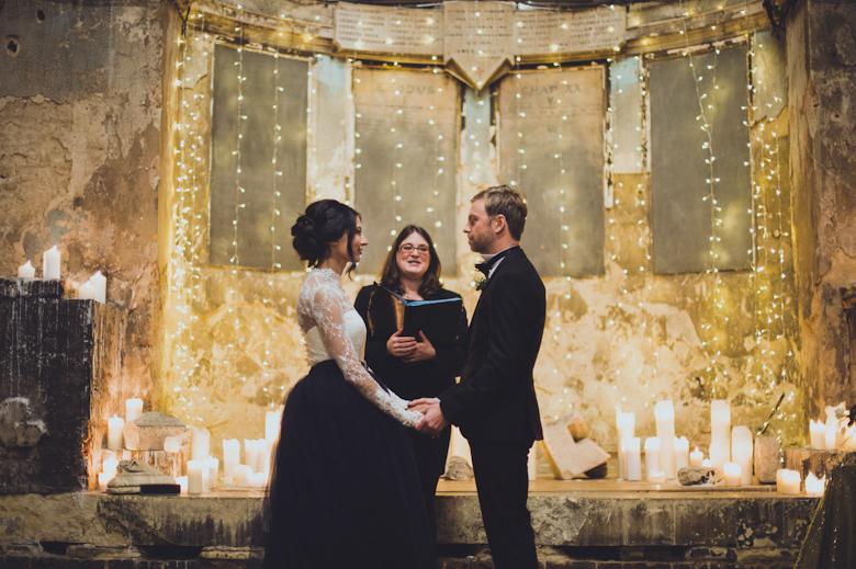 Winter Wedding - Reasons to have a winter wedding - Alternative Wedding Photographer